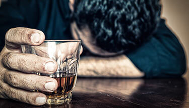Treating-America's-Alcohol-Problem-with-Cannabis-sm