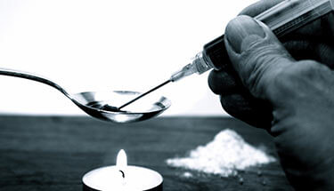 Smoking-Marijuana-Helps-Heroin-Addicts-Kick-Their-Addiction-Says-Study-sm