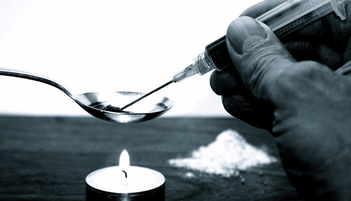 Smoking-Marijuana-Helps-Heroin-Addicts-Kick-Their-Addiction-Says-Study