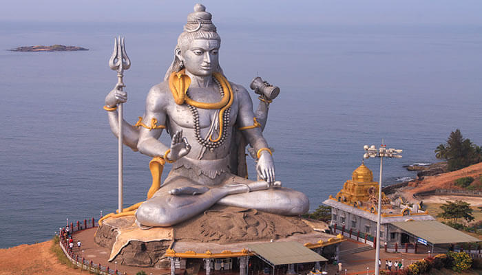 Hindu-deity-shiva-and-cannabis-shivaratri-celebration