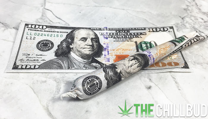 Hundred-Dollar-Bill-rolling-papers