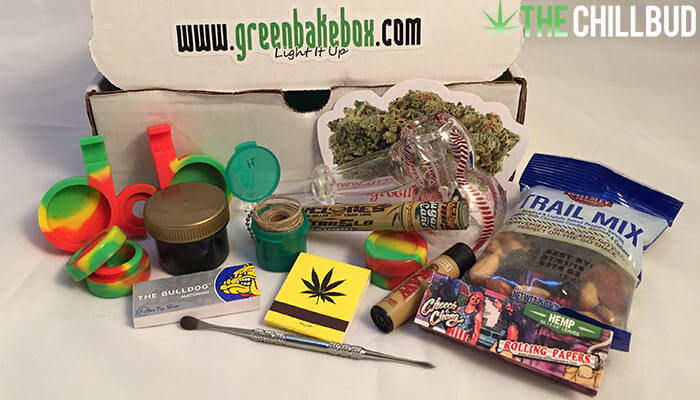 Unboxing-and-review-of-the-Green-Bake-Box-subscription-box