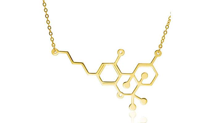THC-molecule-gold-necklace