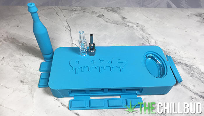 Ooze-Slugger-Portable-Dab-Kit